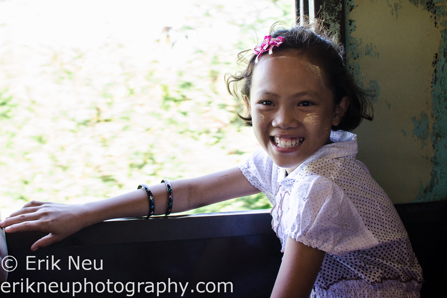 © Erik Neu-Project-Childhood-Memories-Myanmar-train-0007.jpg