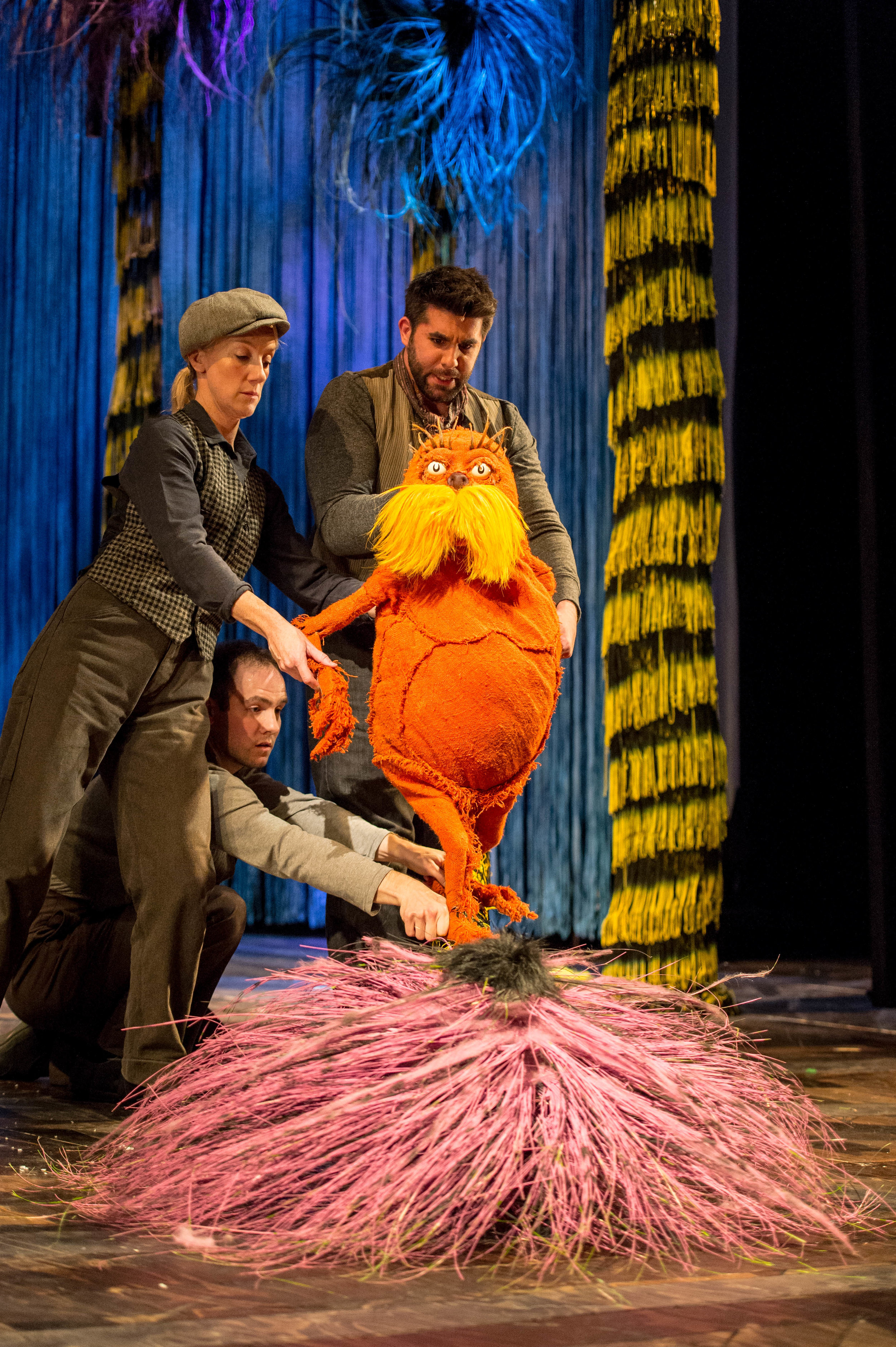 Laura-Cubitt-Puppeteer-Ben-Thompson-Puppeteer-and-Simon-Lipkin-The-Lorax-The-Lorax-at-The-Old-Vic.-Photos-by-Manuel-Harlan..jpg