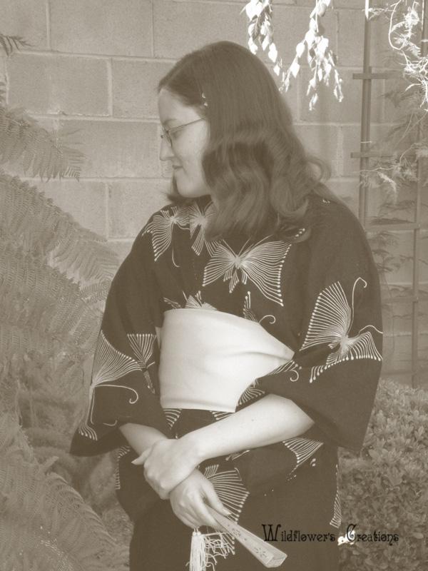 2007-05-07 Lydia g kimono standing 5x7.jpg