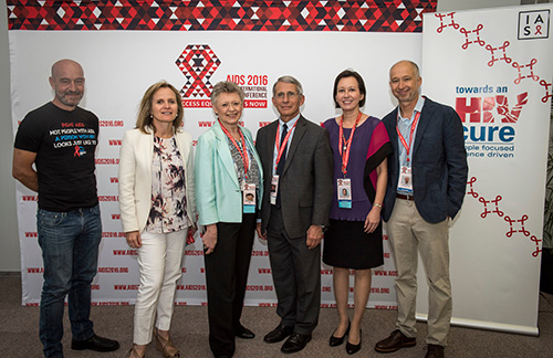 (Left to right): Giulio Maria Corbelli, Sharon Lewin, Françoise Barré-Sinoussi, Anthony Fauci, Jintanat Ananworanich, and Steven Deeks at the Towards an HIV Cure Press Conference, Durban, South Africa, July 2016 ©International AIDS Society/Steve Forrest/Workers' Photos