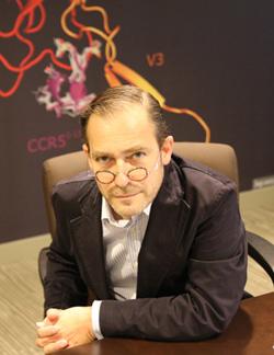 Dr. Daniel Douek, Chair of amfAR's Scientific Advisory Committee