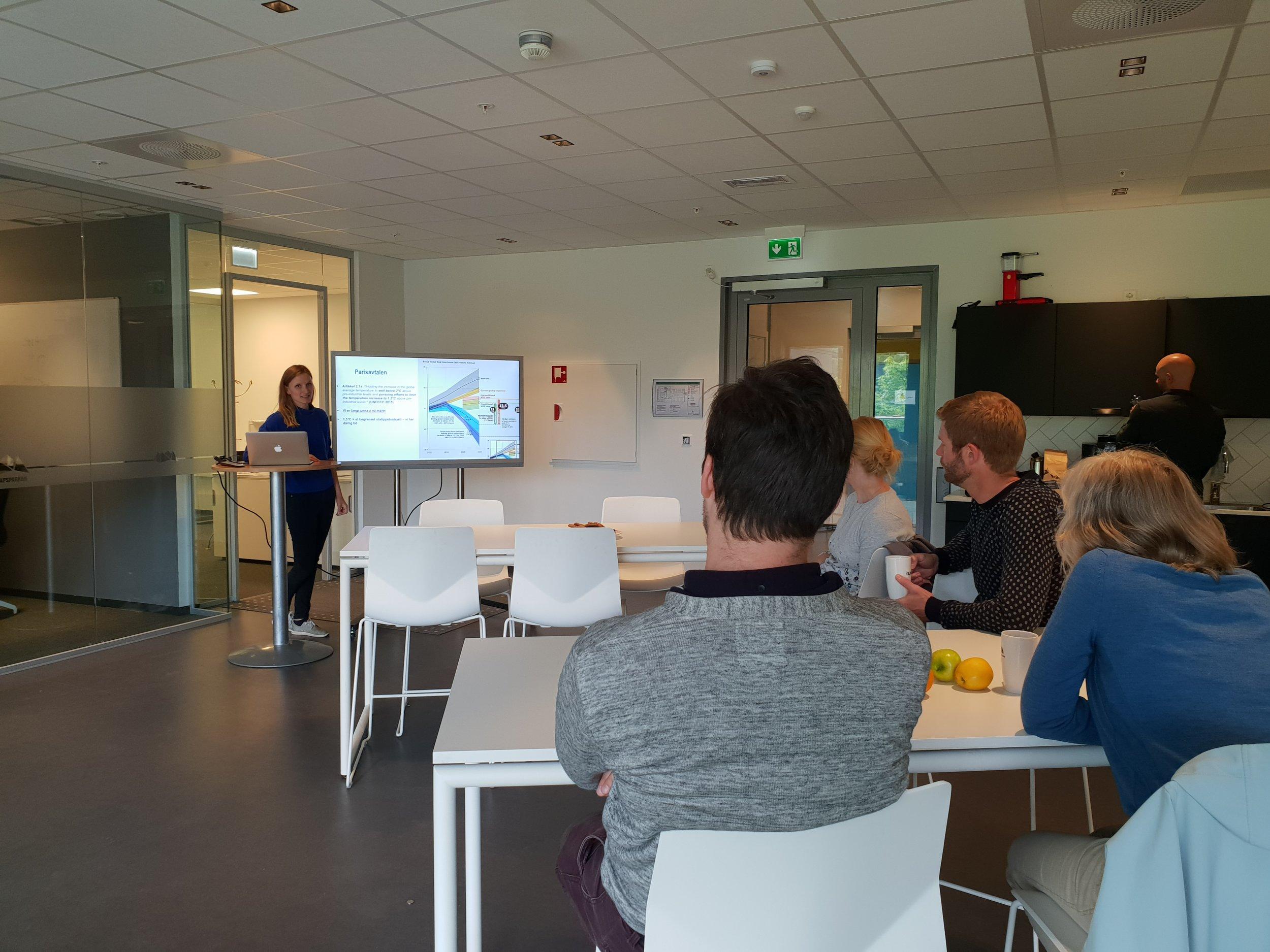 Forskar Karen Moberg ved Vestlandsforsking. Foto: FUS