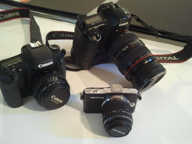 The new little upstart to the family...with the 14-42mm kit lens.