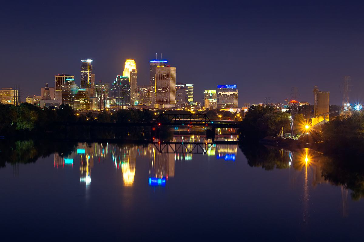 The view of Minneapolis from the aforementioned Lowry Avenue bridge. Lens: Panasonic 12-35mm/2.8.