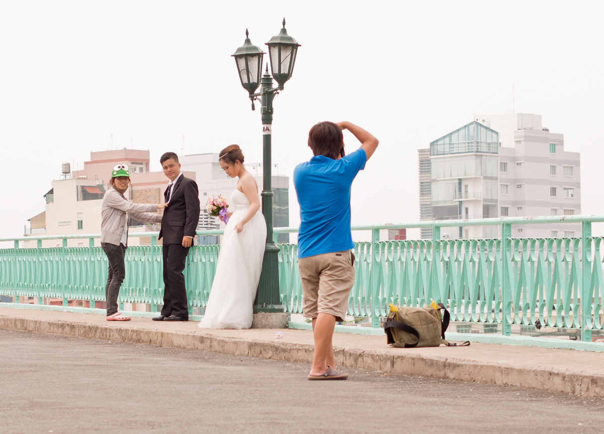 Same bridge. Olympus E-PL5 + 45mm/1.8 lens.