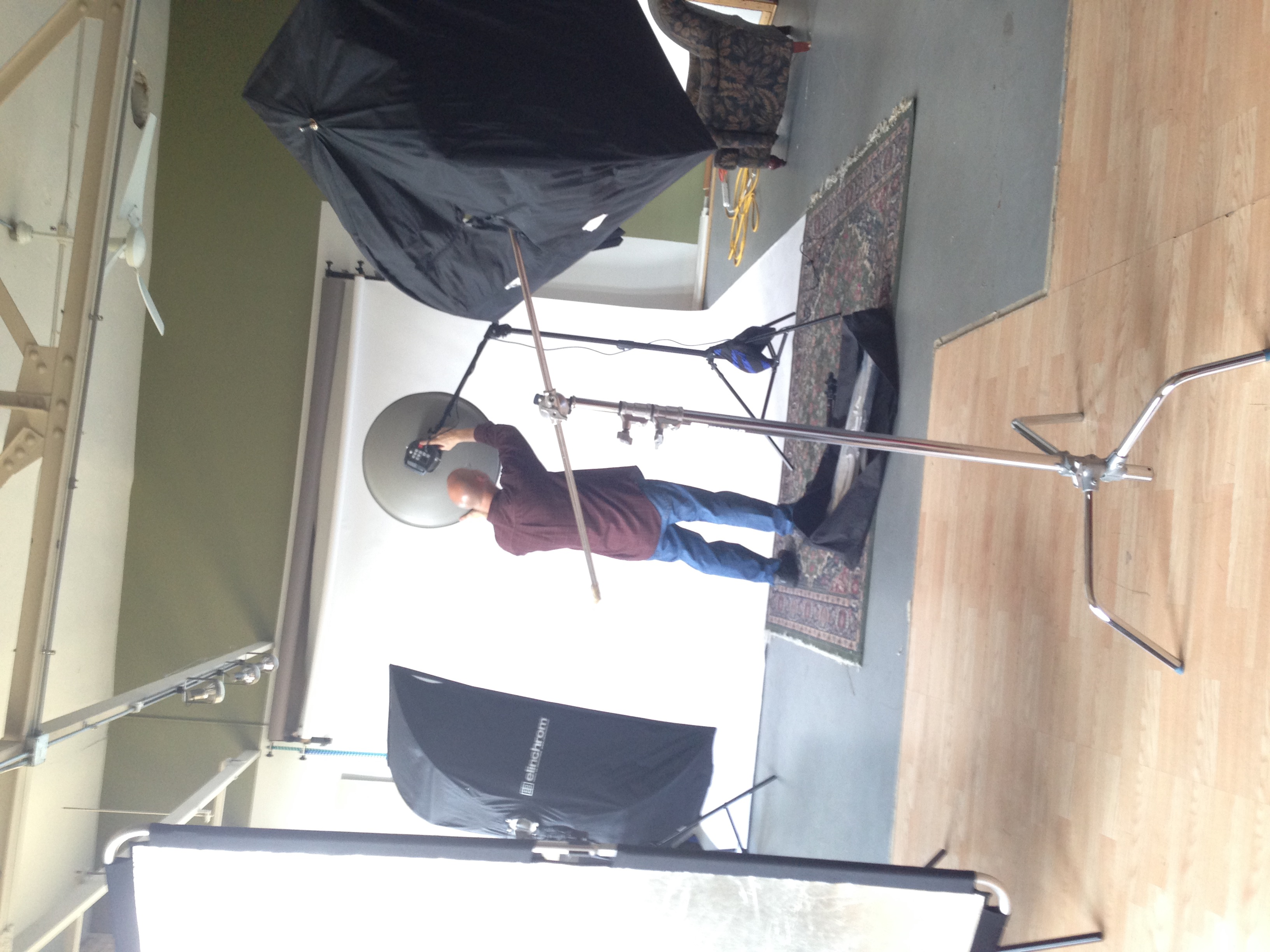 Robert Stephani   setting up the beauty dish before the workshop begins.