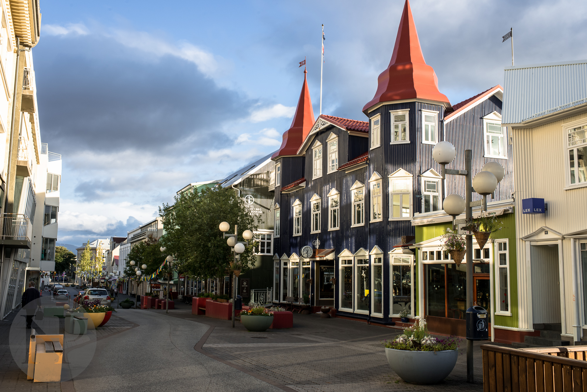 Akureryi was a neat little town but we didn't have much time to explore