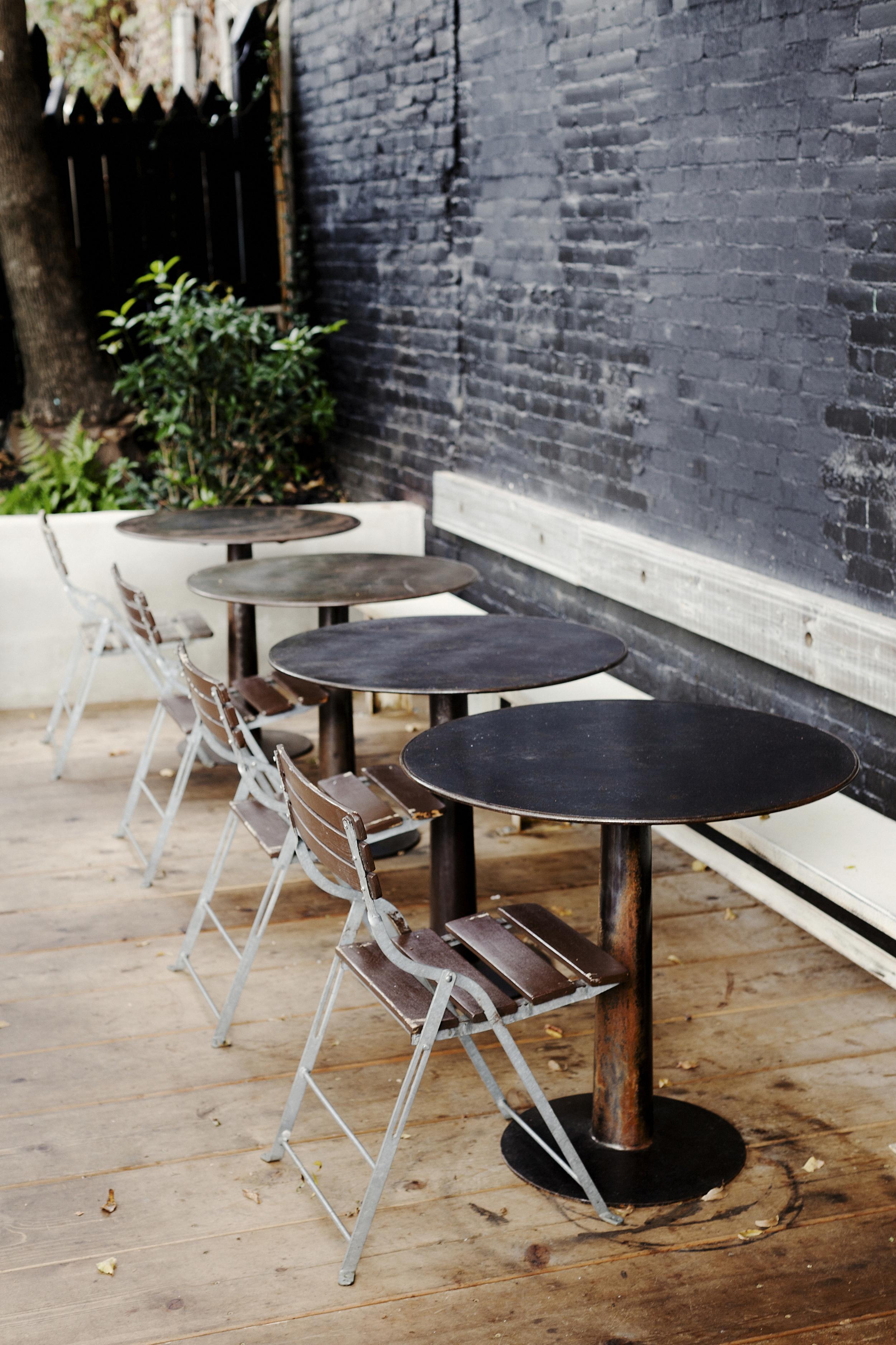 No.246 | Smith Hanes. restaurant back patio seating