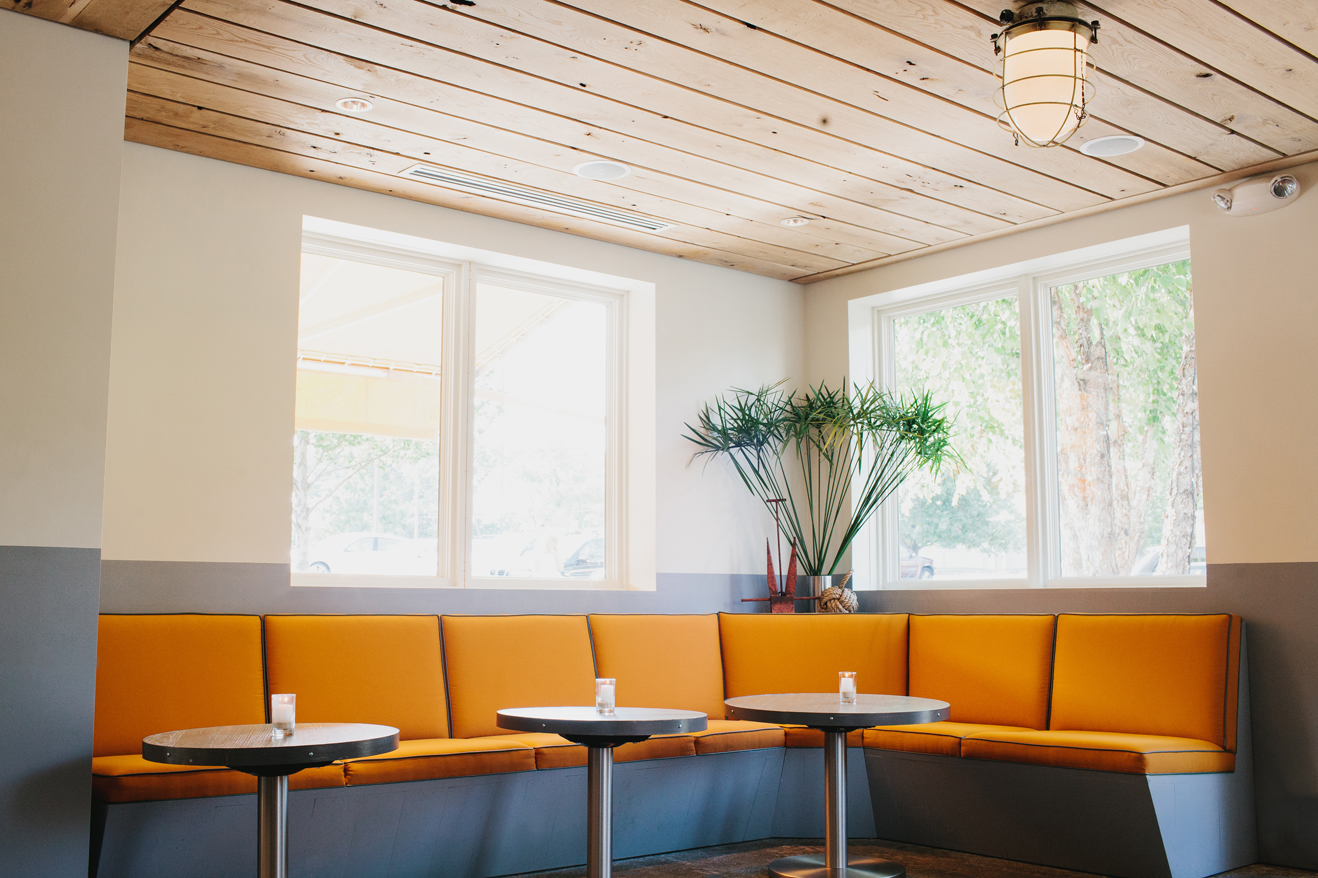 The Oyster bar at The Optimist | Smith Hanes. interior seating