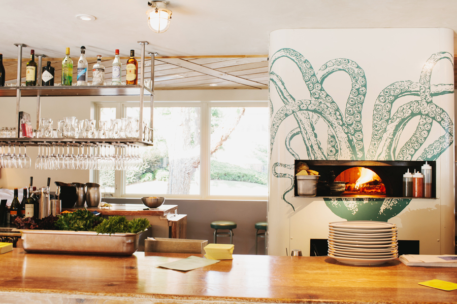 The Oyster bar at The Optimist | Smith Hanes. interior
