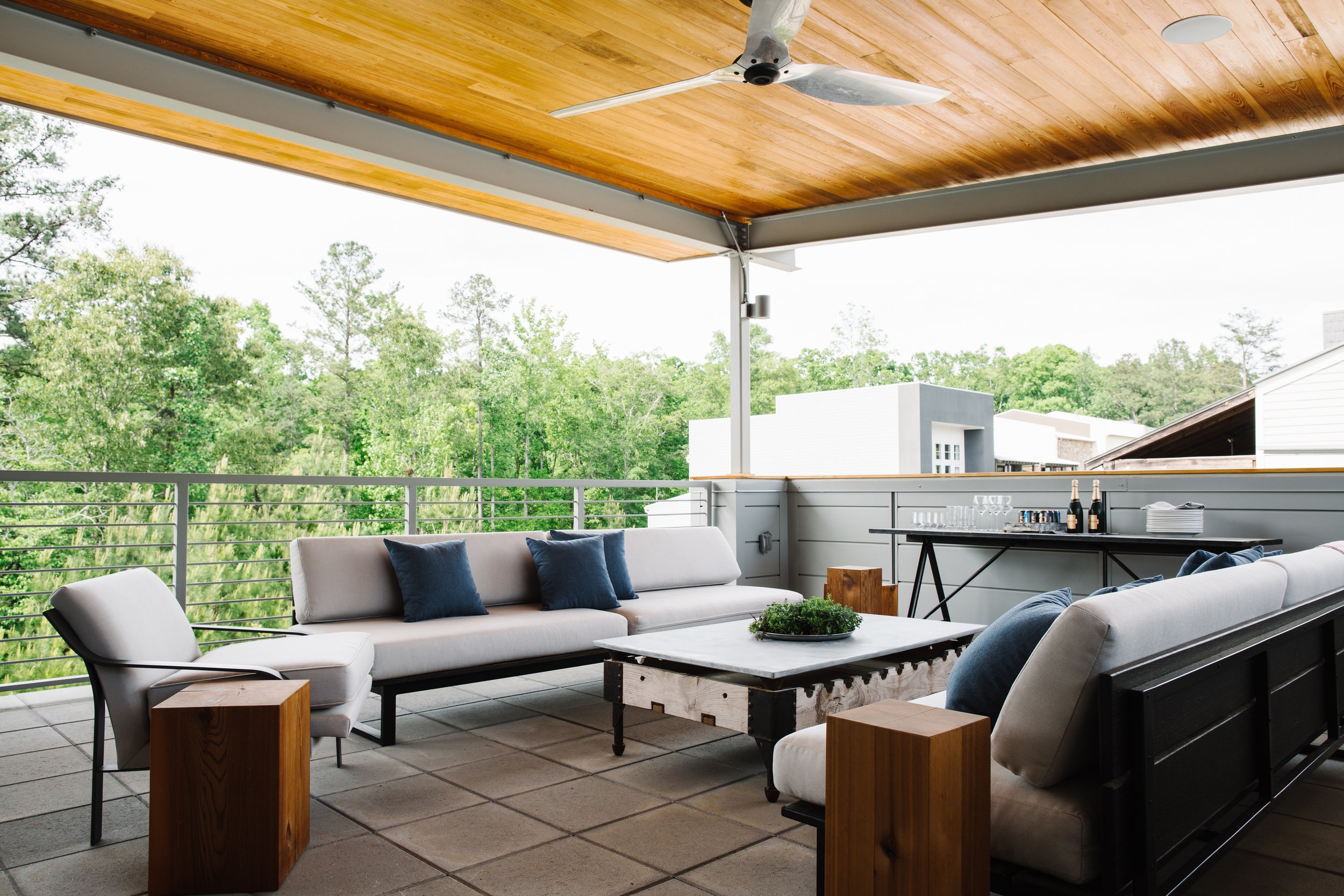 Epple Residence | Smith Hanes. exterior patio