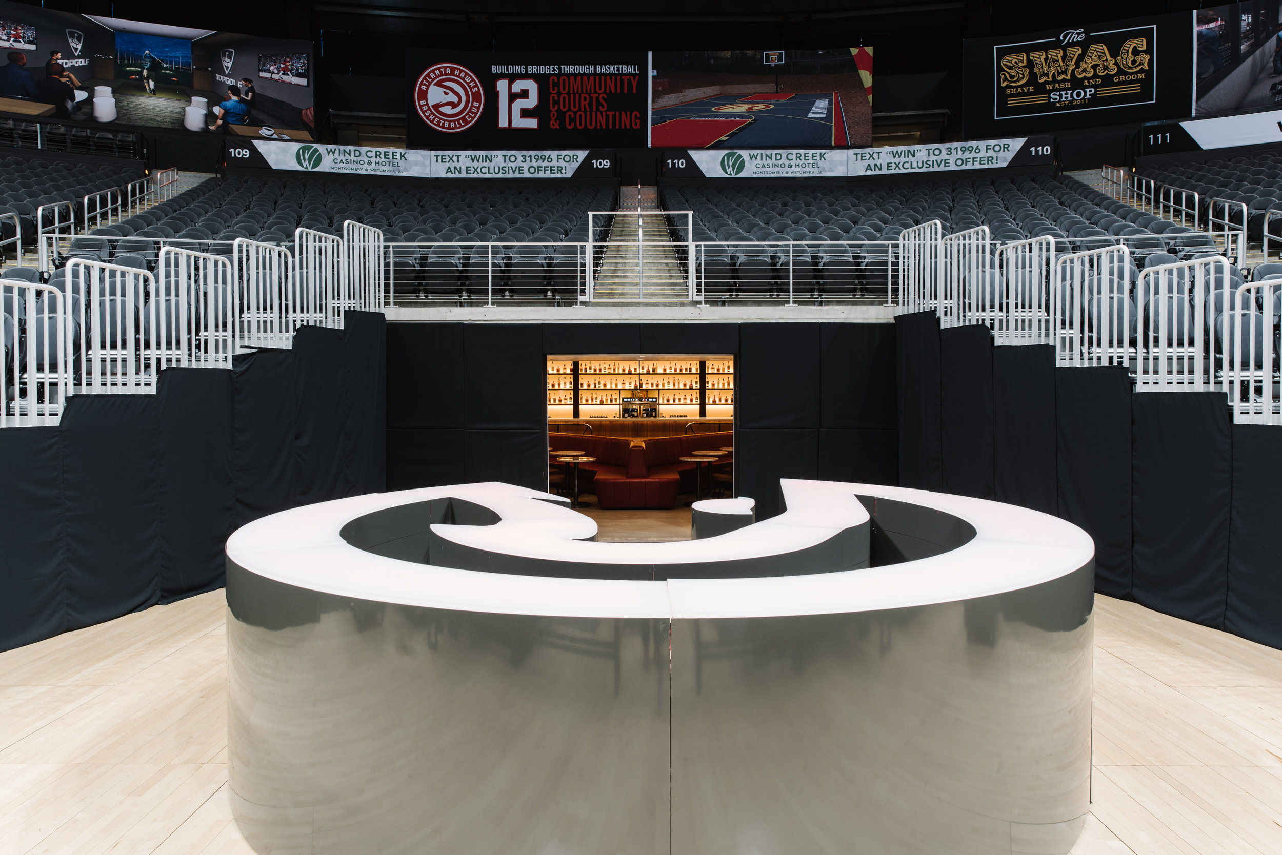 Courtside Club - Philips Arena | Smith Hanes. Hawks Bar