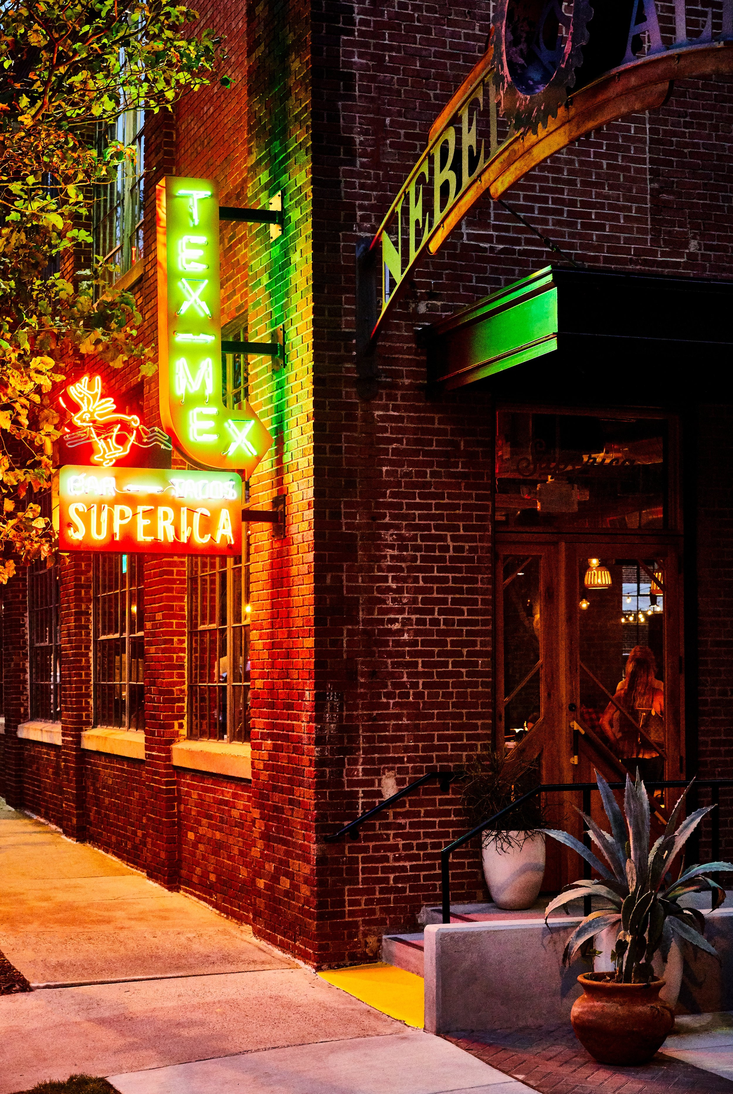 Superica Charlotte | Smith Hanes. Exterior Sign