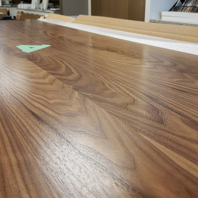 More showroom updates. See ya later engineered walnut...making way for the real thing. . . #kitchensdesignedforlife #millwork #woodwork #walnut #display #design #northvancouver #vancouver #vancouvermillwork @nickelscabinets