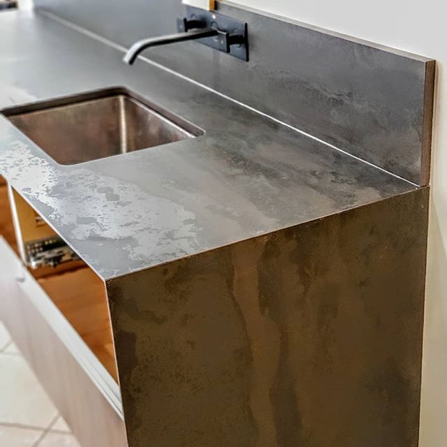 Excited about another new showroom display taking shape. Big thanks to #kryptonitestoneworks and @helderksw for a other great @dektonbycosentino installation. . Floating waterfall ends are complemented by the stylish and sleek 'sharknose' thin edge on the 2cm Radium top. Come down to see it (and feel it) for yourself!  @cosentinocanada @nickelscabinets #dektonbycosentino #vanitiesdesignedforlife #kitchensdesignedforlife #millwork #ultracompactsurfaces #walnut #sharknose #vancouver #vancouvermillwork #northvancouver