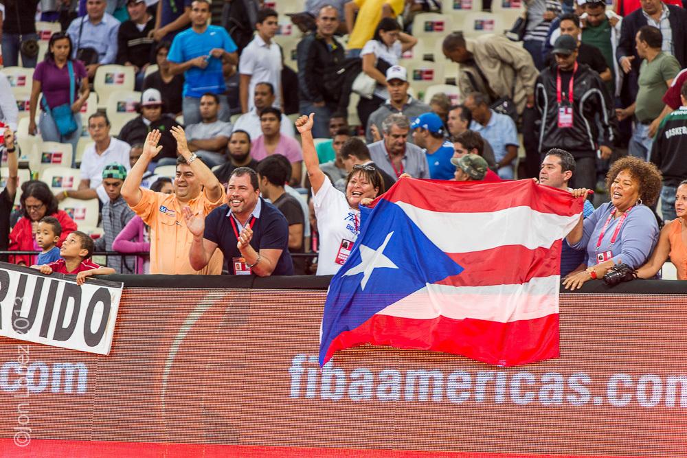 Fans (Puerto Rico).jpg