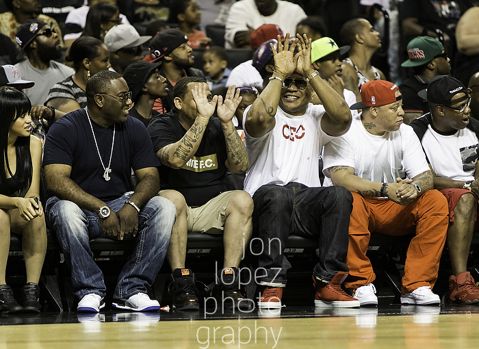 The legendary Queens native and hip-hop icon LL Cool J shows that his form is ready if a team may need him to lace up and take the floor.