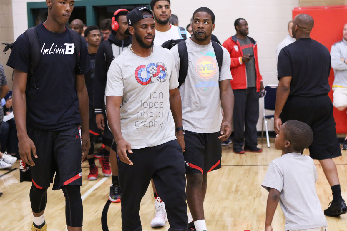 Team CP3 is ushered in by their namesake, NBA all-star Chris Paul.