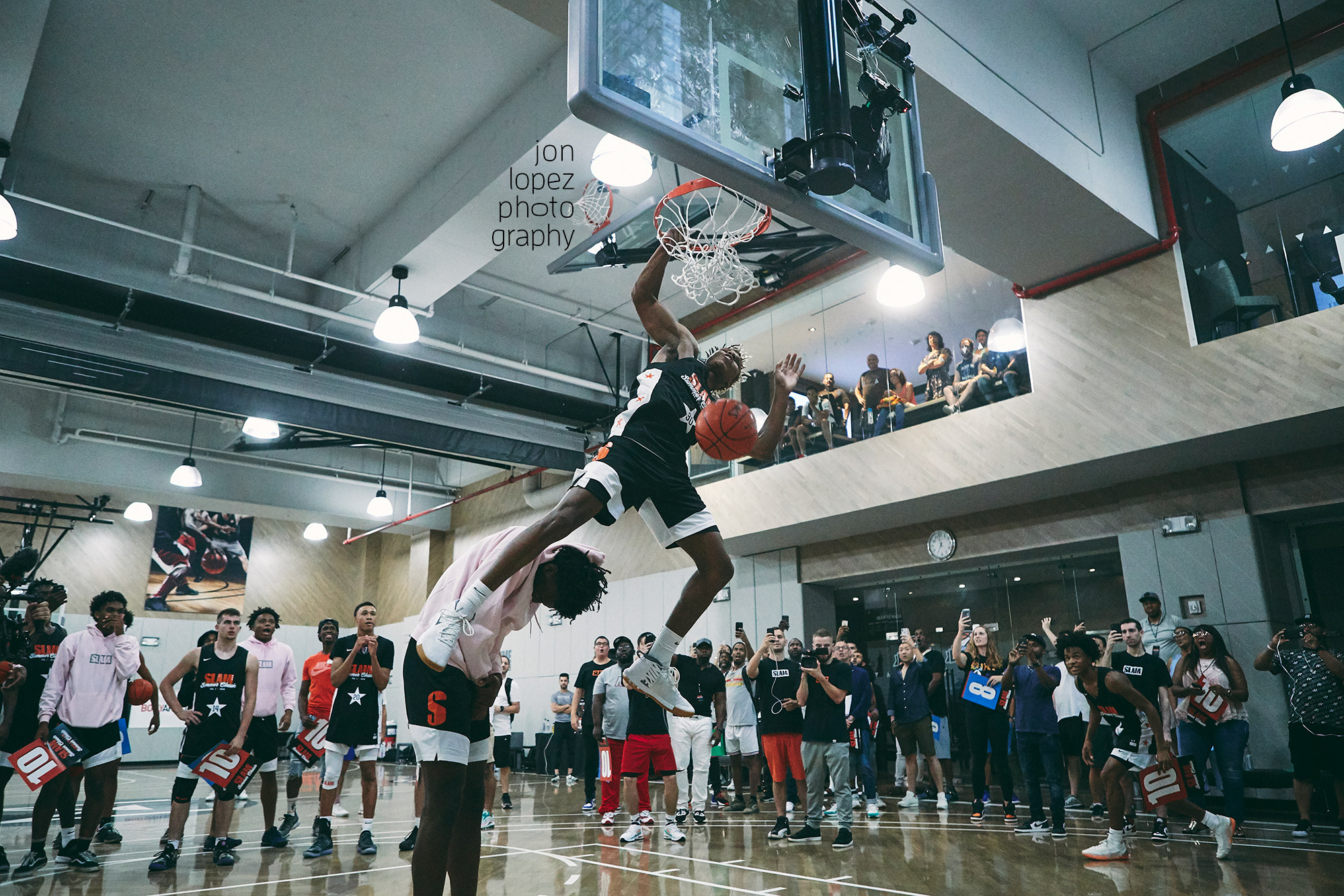 Jah'mius Ramsey clears 7-footer James Wiseman during the  SLAM Summer Classic  dunk contest in August of 2018 at the Lifetime Athletic at Sky facility.