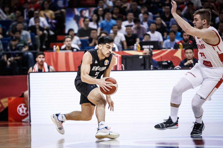 Shea Ili of New Zealand attacks the defense of Montenegro at the FIBA Basketball World Cup in Nanjing, China. All rights reserved (Mandatory photo credit: Jon Lopez / FIBA )