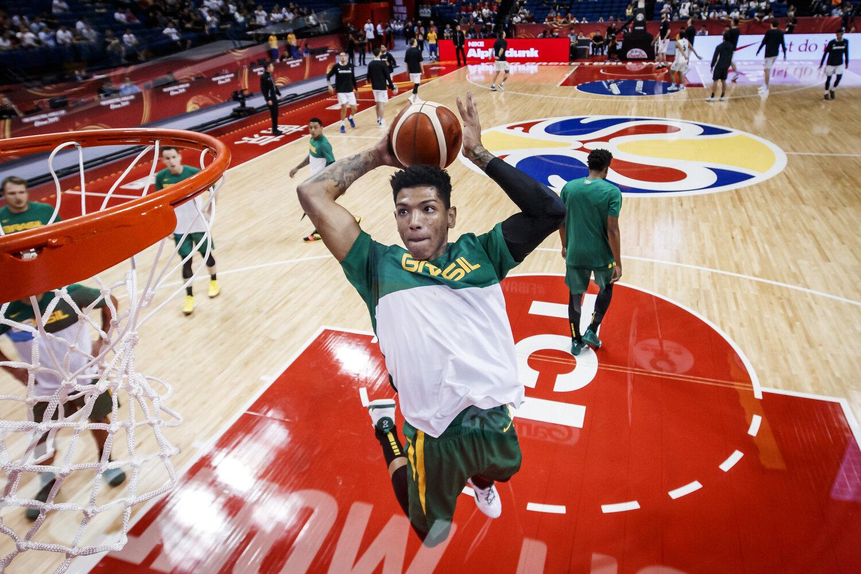 Didi Louzada of Brazil dunks during warmups in Nanjing, China during the FIBA Basketball World Cup. All rights reserved (Mandatory photo credit: Jon Lopez / FIBA )