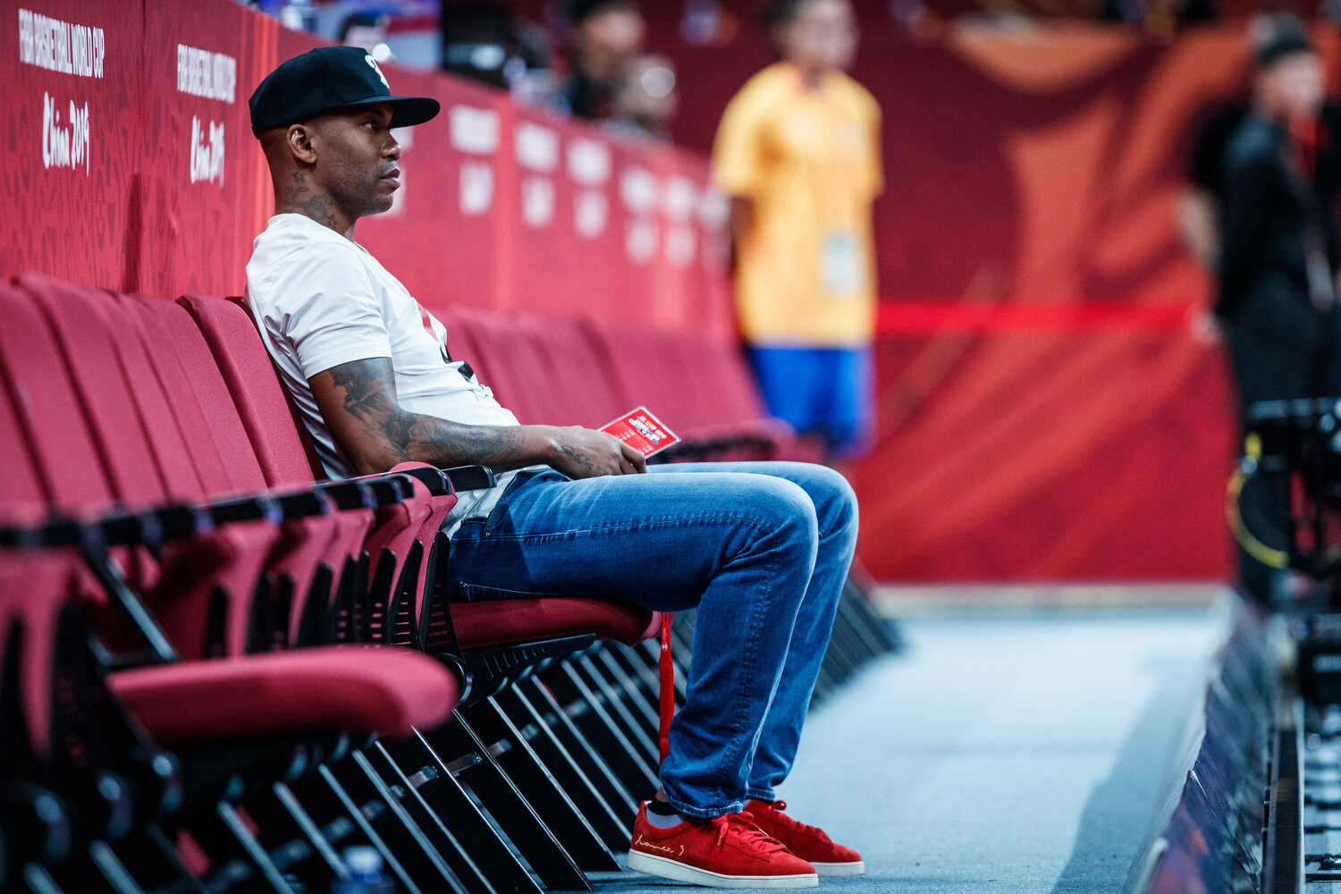 Coney Island legend Stephon Marbury sits courtside during the semi-finals of the FIBA Basketball World Cup. All rights reserved (Mandatory photo credit: Jon Lopez / FIBA )