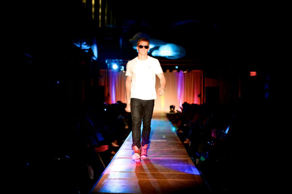 alue-optics-eight-fashion-speaks-sunglasses-princeton