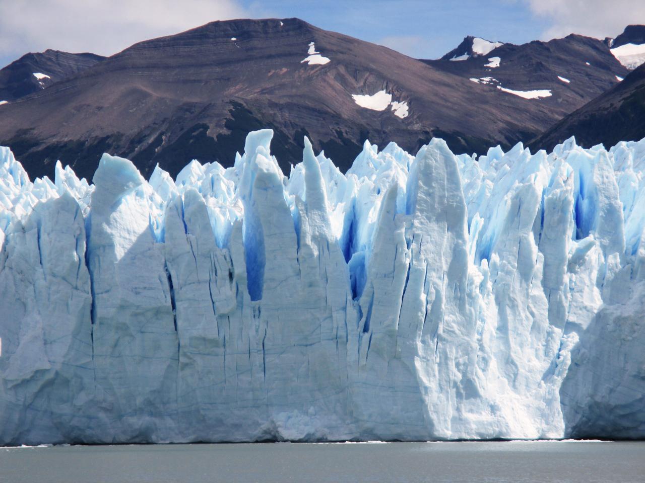 alue-glacier-patagonia-becca.jpg