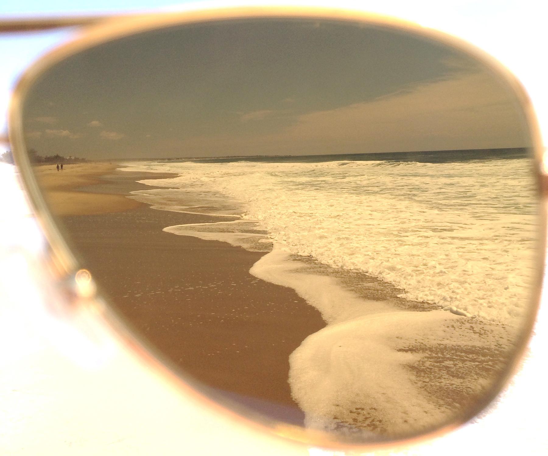 iPhone shot of the beach through the Alue  Eight.