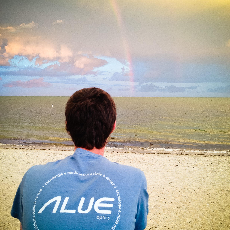 tim-alue-optics-shirt-rainbow.jpg