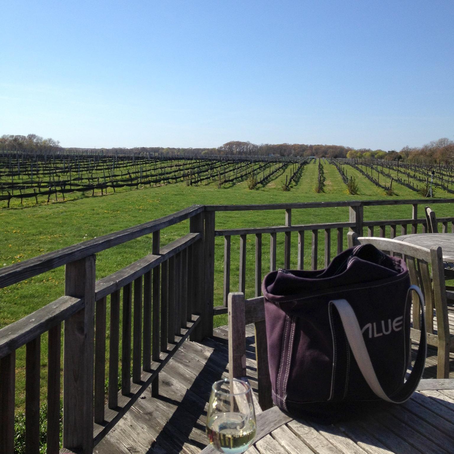 winery-alue-optics-tote-bag.jpg