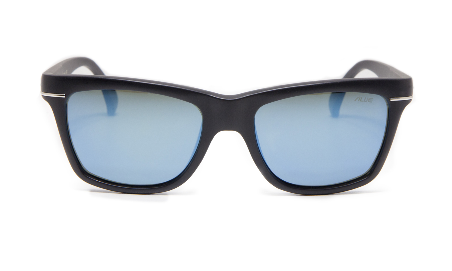 The Alue Six in Matte Noir withGrey AQ-Polarized Blue lens.