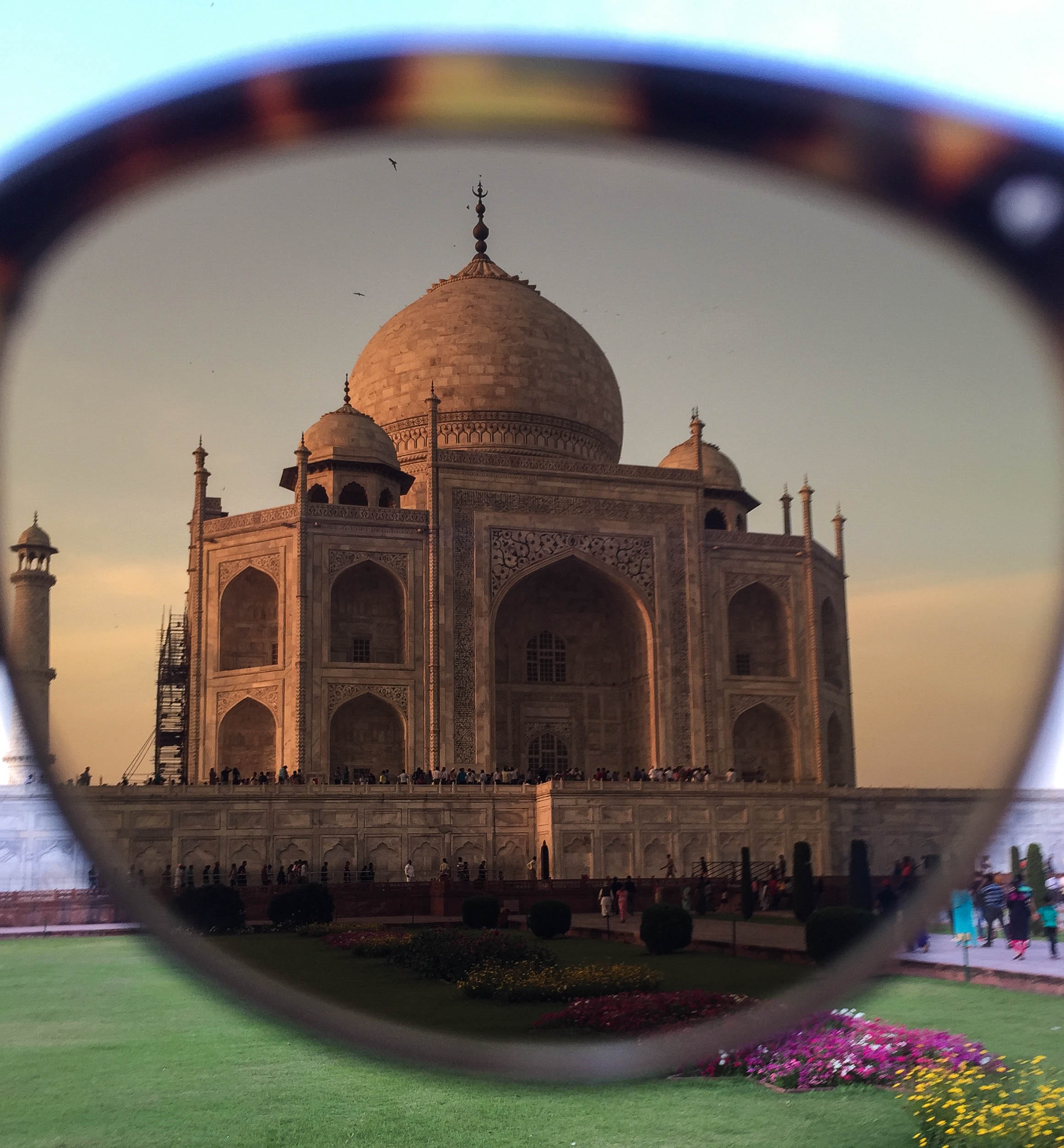 That Taj Mahal looking good through the Alue One polarized mineral glass lens in brown!