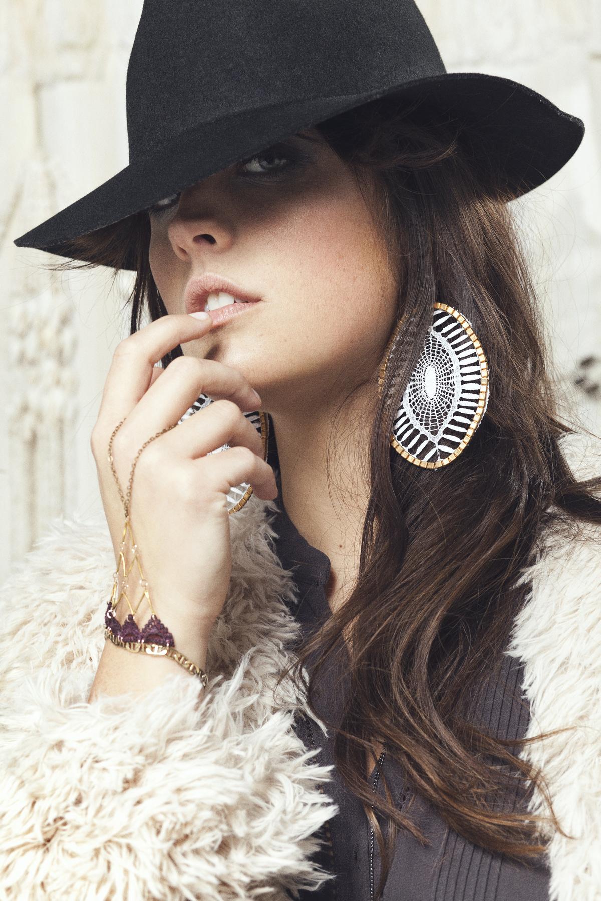 Insula earrings (details here) +  Marrakech bracelet (details here)