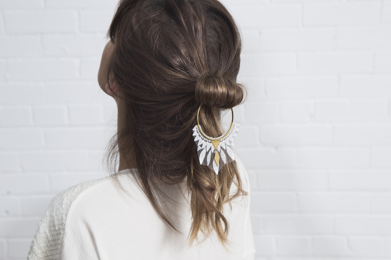 Daze hair accessory (details here)
