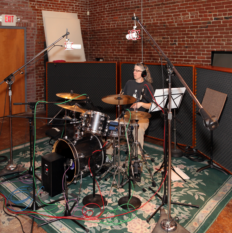 Ward Drums with Mics800.jpg