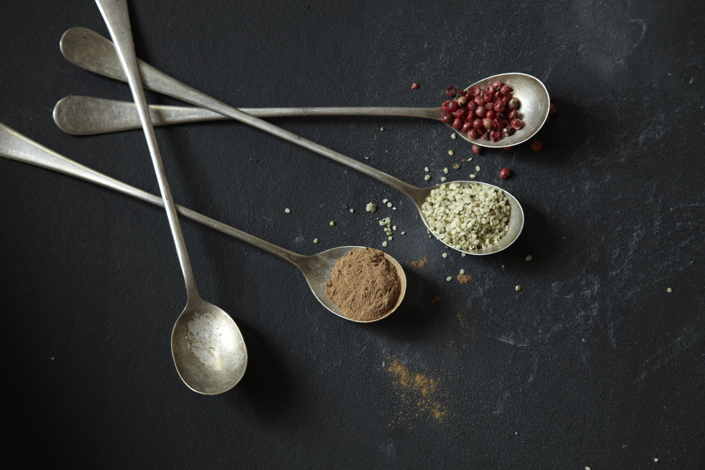 darkconcept_spices+spoons_02_NOT RETOUCHED.jpg