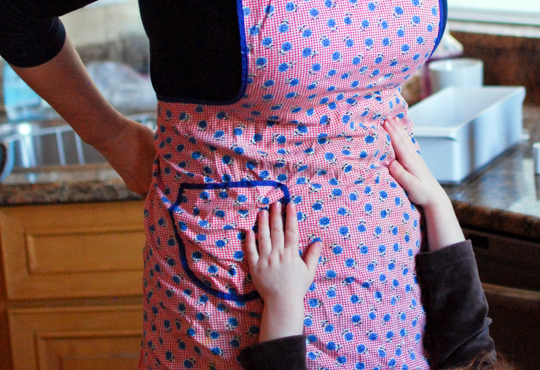 apron-hands-WEB.jpg