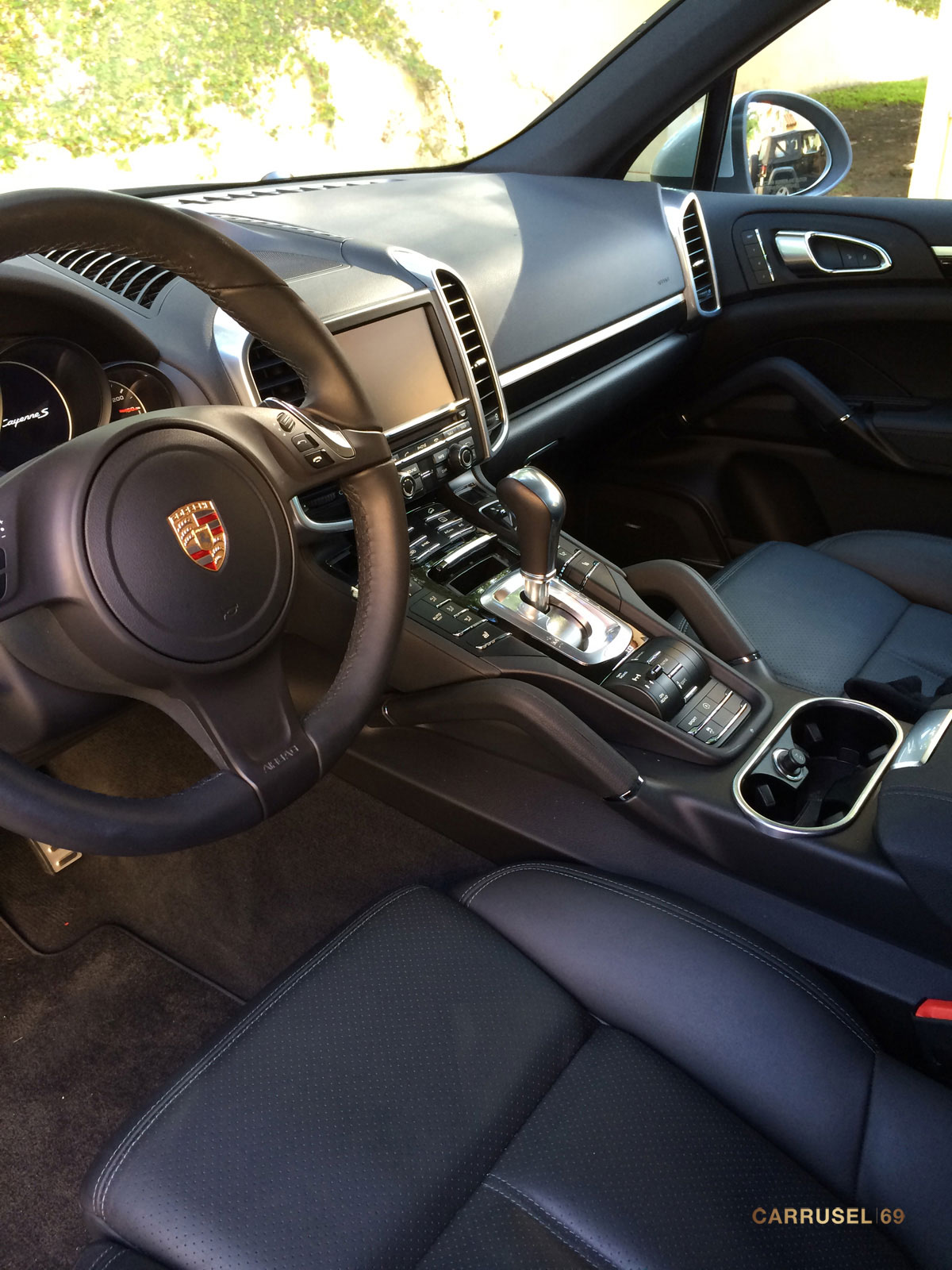 Porsche-Cayenne-S-2014-08.jpg