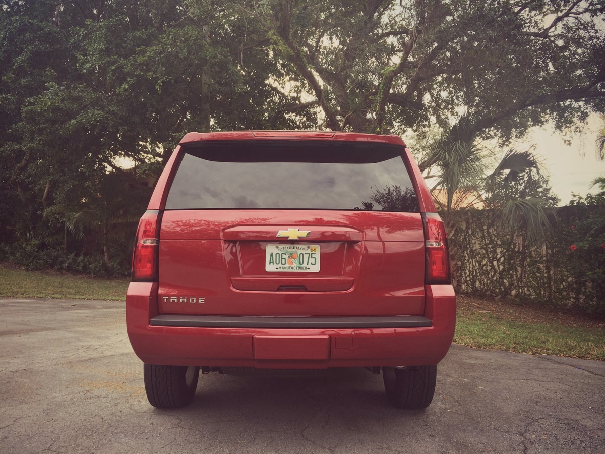 Chevrolet-Tahoe-2015-03.jpg