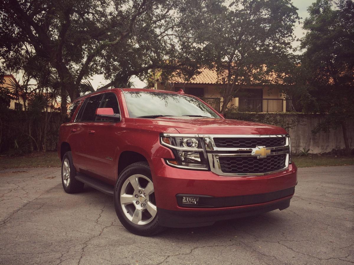 Chevrolet-Tahoe-2015-05.jpg