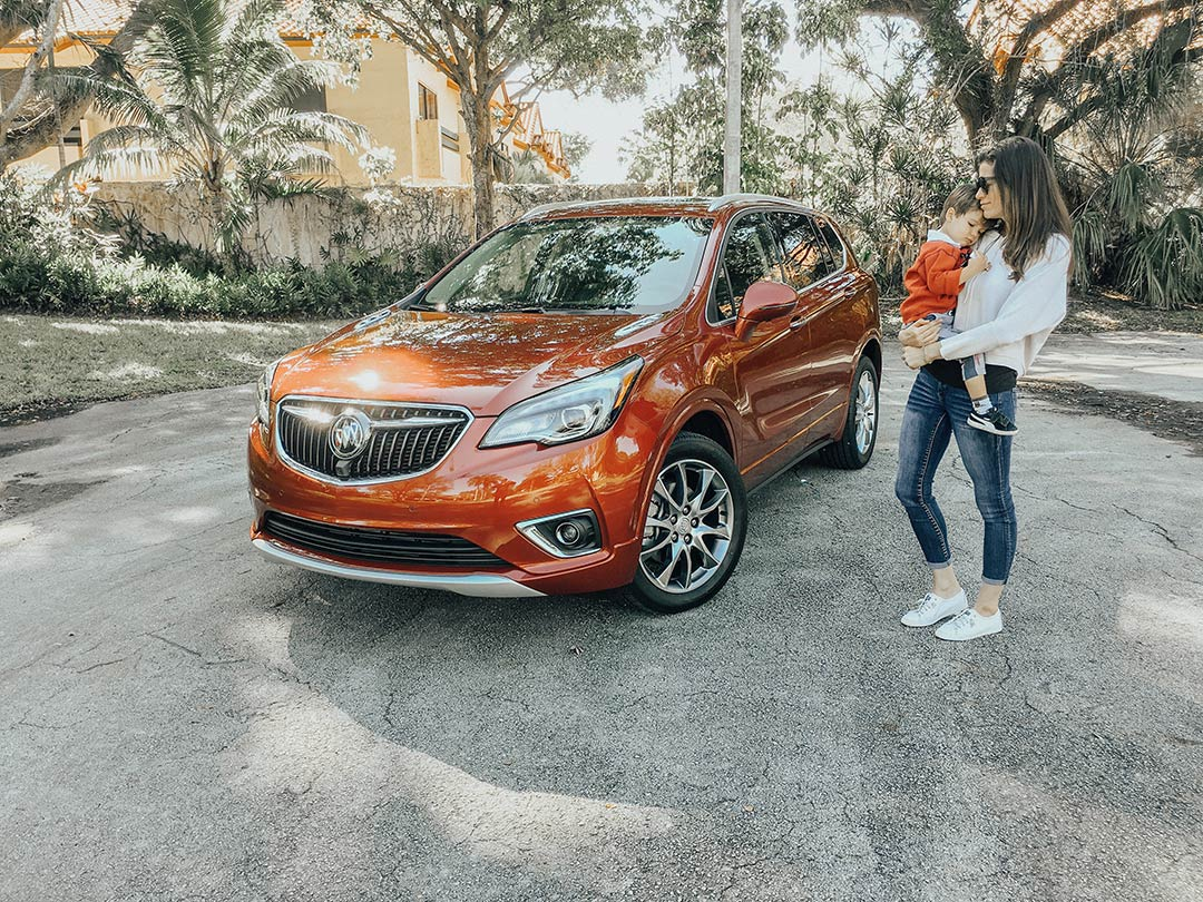Buick_Envision_2019_01.jpg