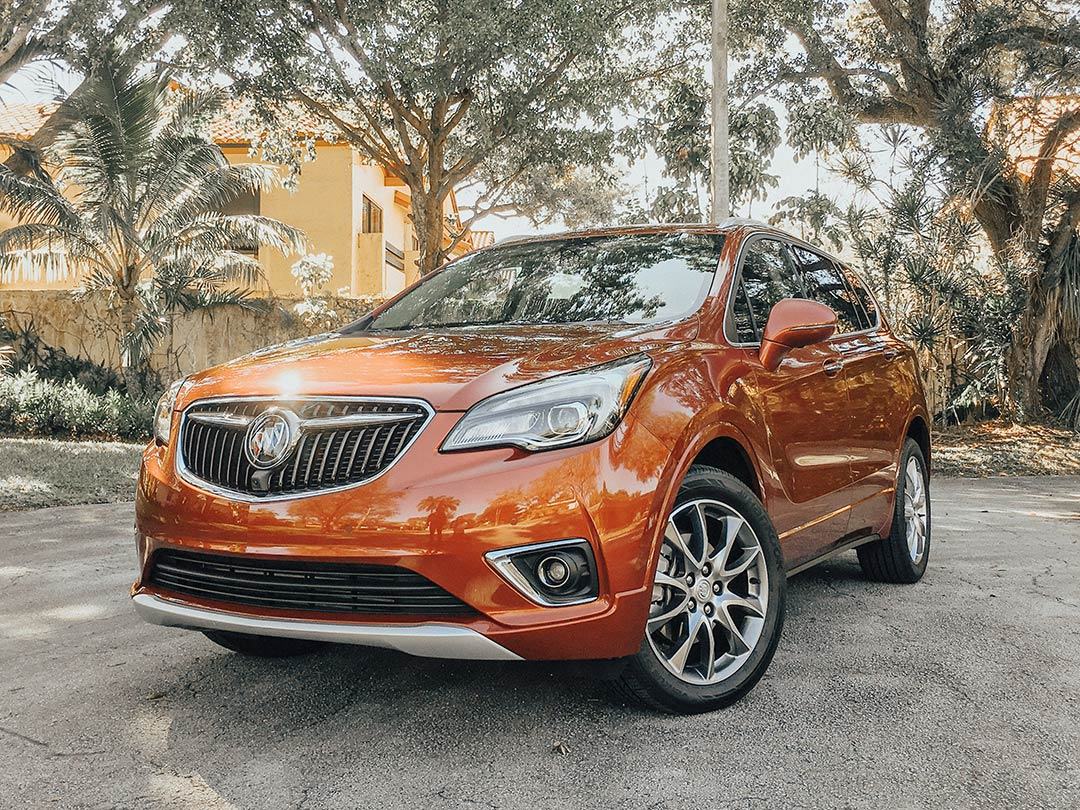 Buick_Envision_2019_08.jpg