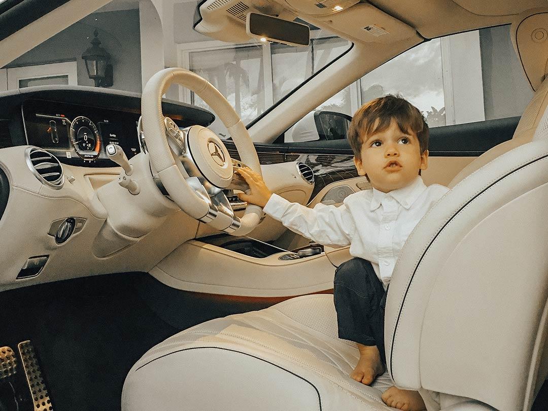 MercedesBenz_S63_AMG_2019_05.jpg