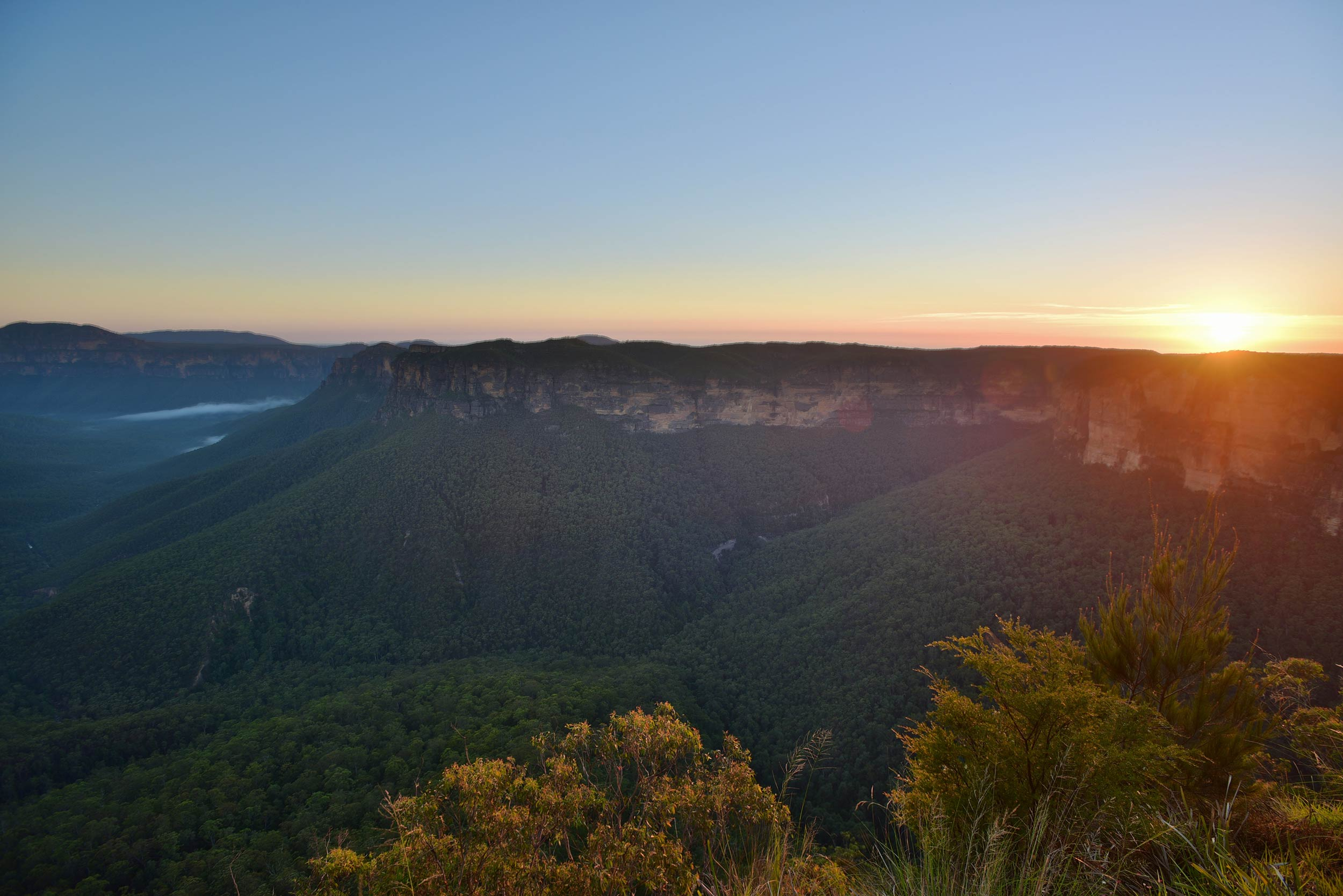 blue_mountains_sunset2.jpg