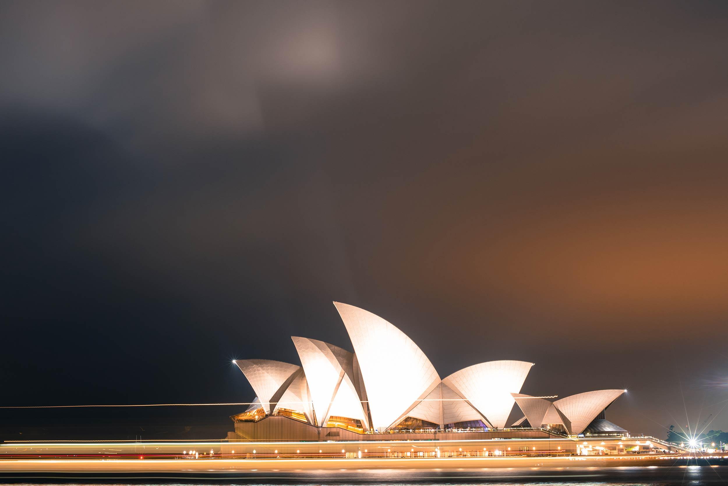 sydney_opera_house_futurist.jpg
