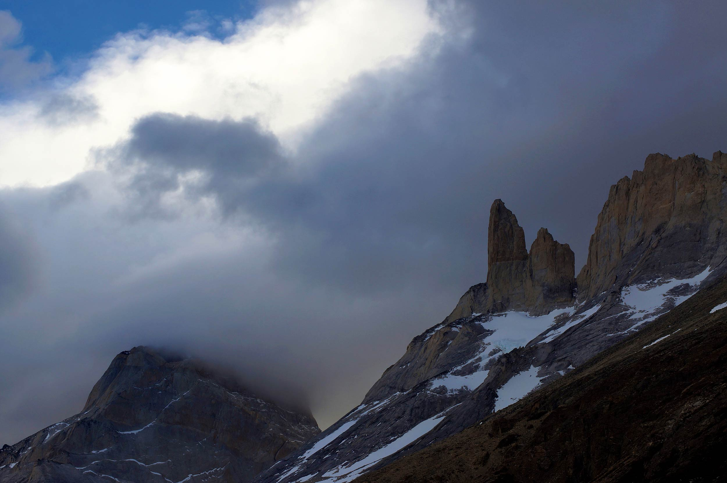 torres_del_paine_w_trek_clouds.jpg