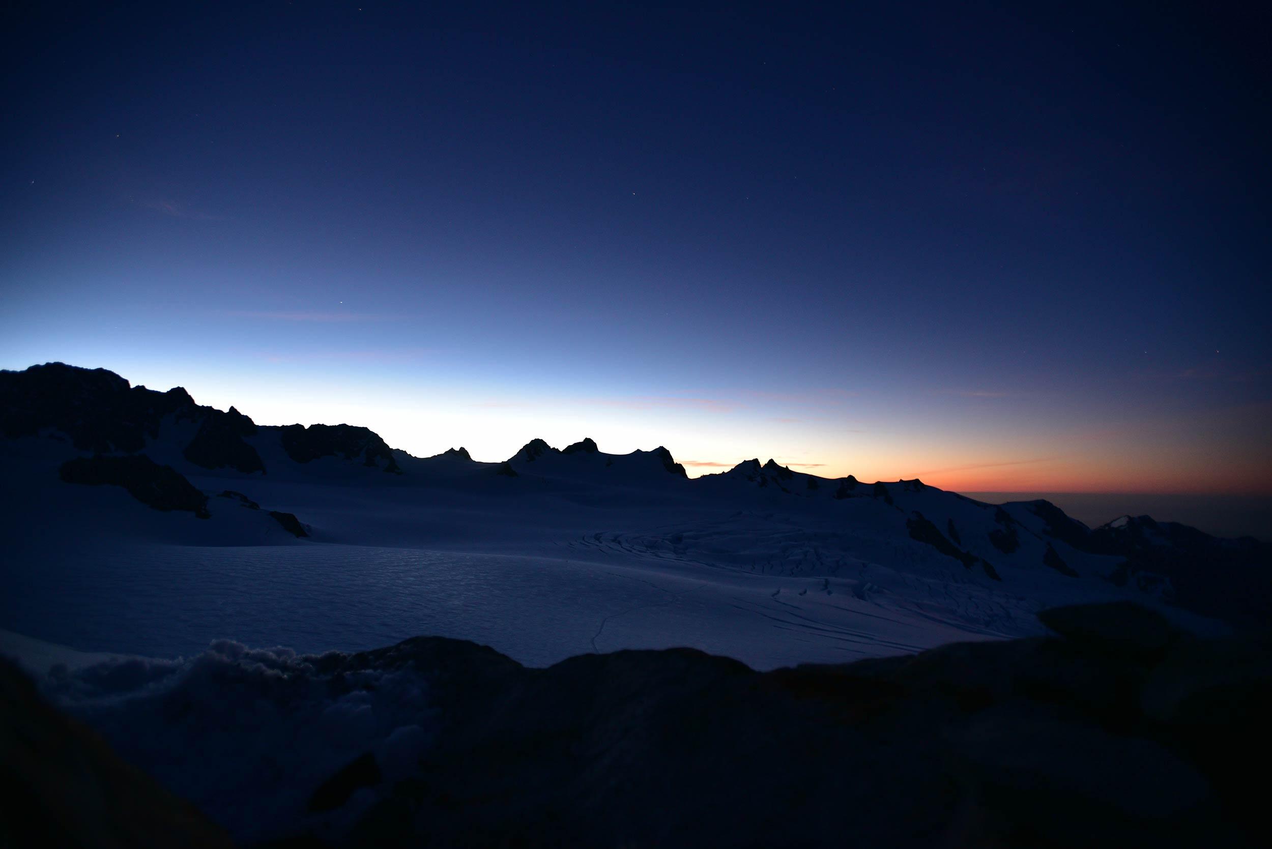 franz_josef_glacier_centennial_hut_sunset.jpg
