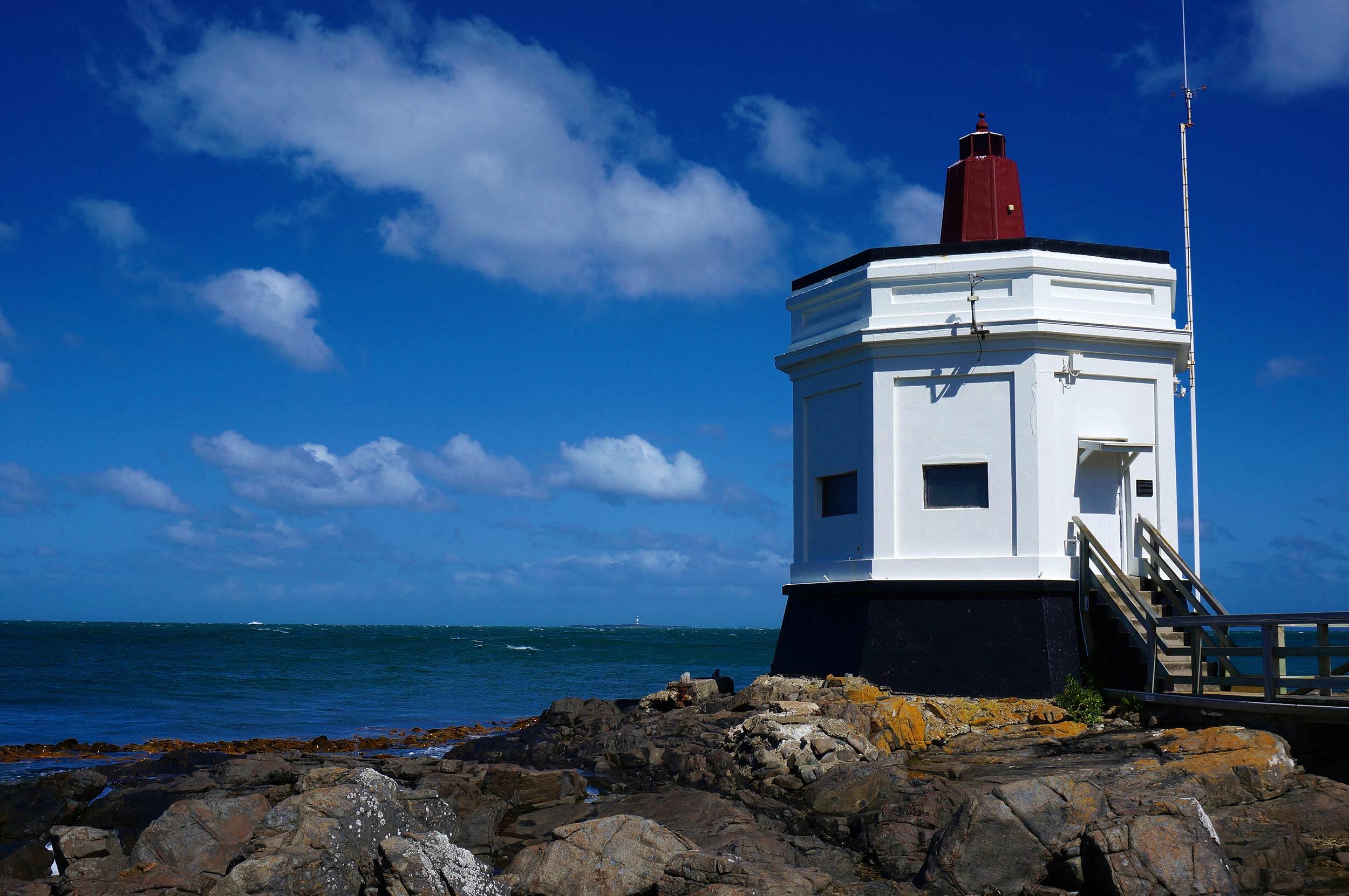 bluff_lighthouse.jpg