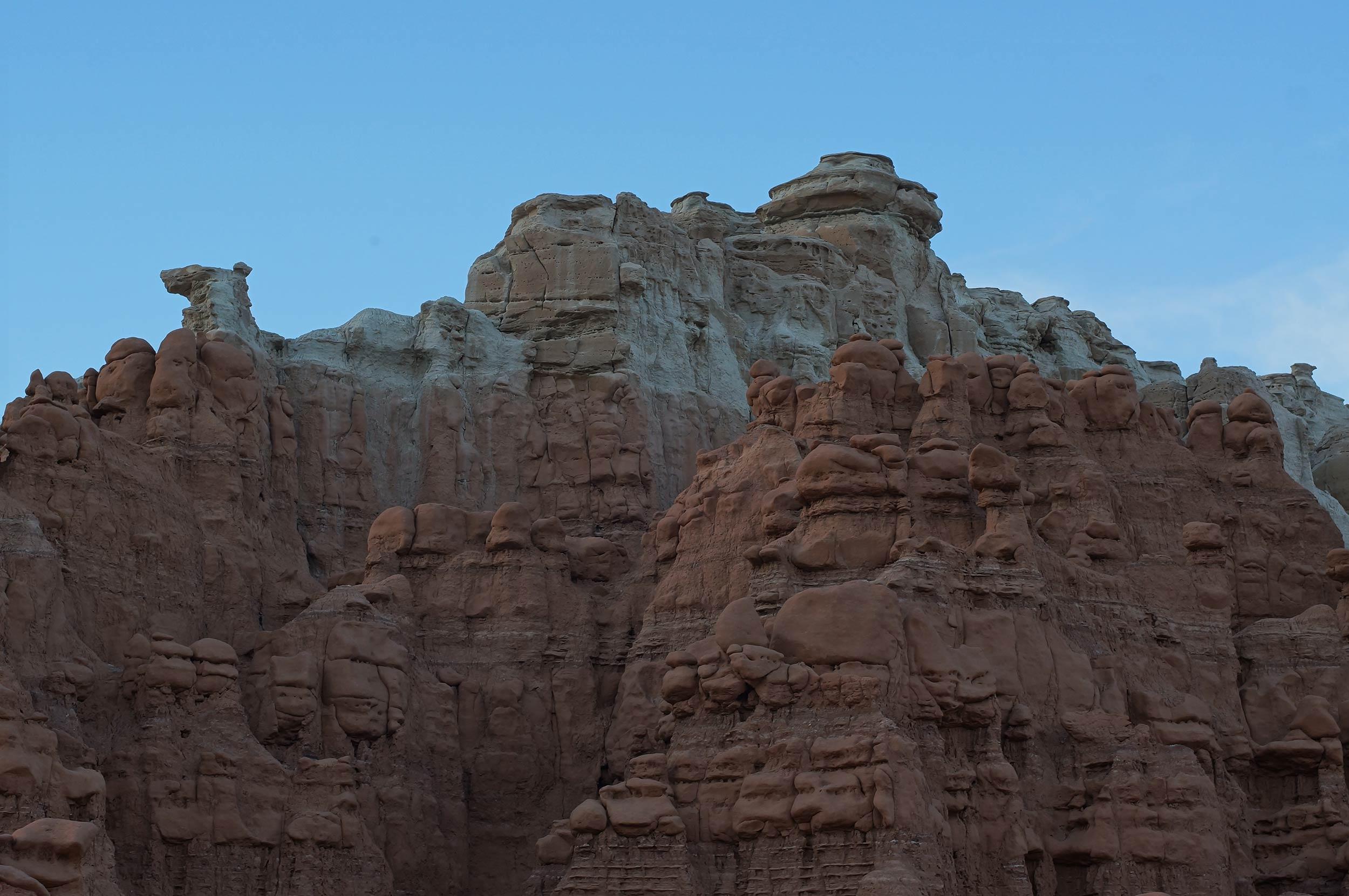 goblin_valley_rocks3.jpg